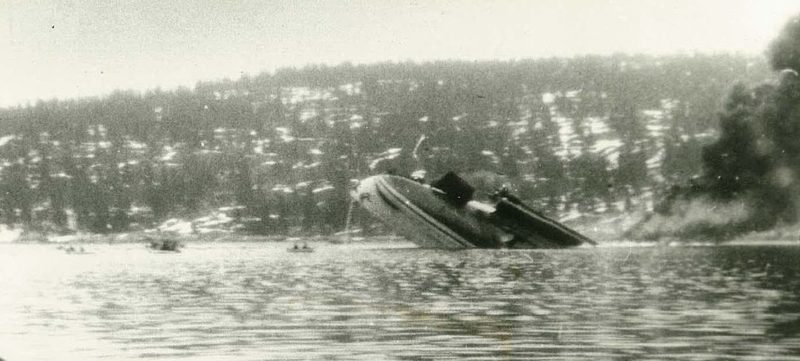 Тонущий немецкий крейсер «Blücher».