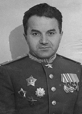 Маршал авиации Худяков. 1945 г.