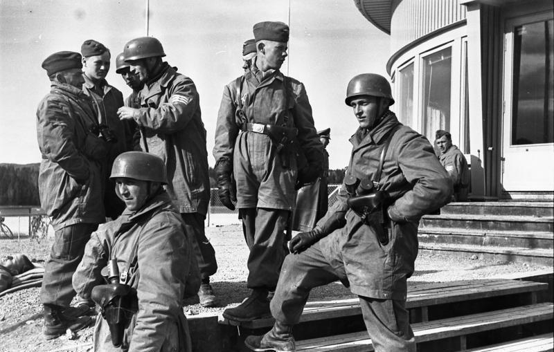Немецкие парашютисты в Осло.