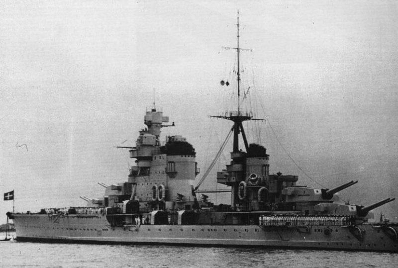 Крейсер «Пола» в 1940 году.