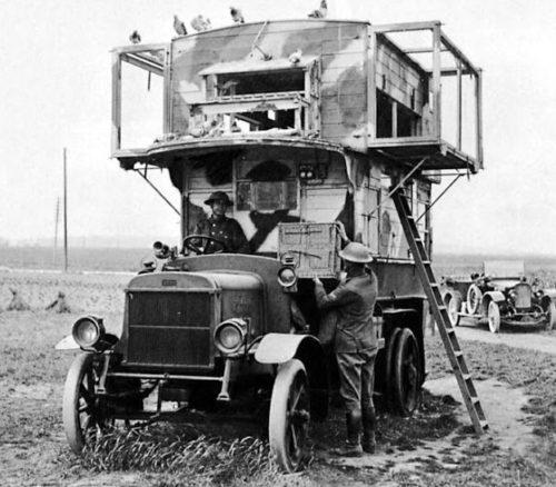 Британская мобильная станция. 1915 г.
