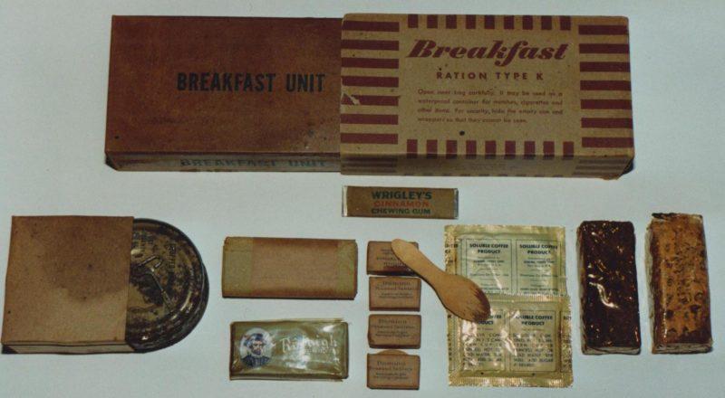 Наборы продуктов на завтрак из K-рациона.