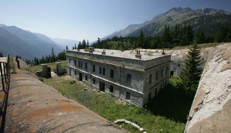 Центральная казарма.