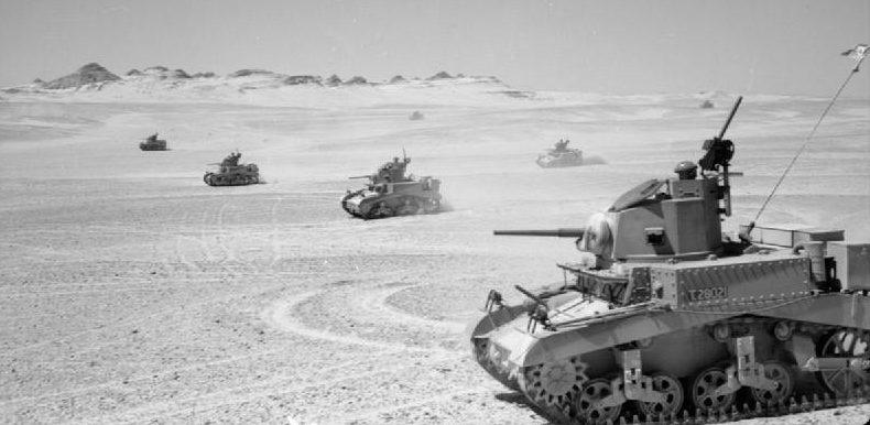Учения 8-го Королевского ирландского полка на новых танках Стюарт. 1941 г.
