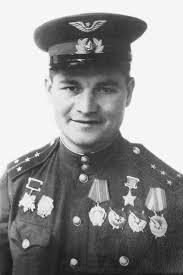 Герой Советского Союза капитан Сивков. 1944 г.