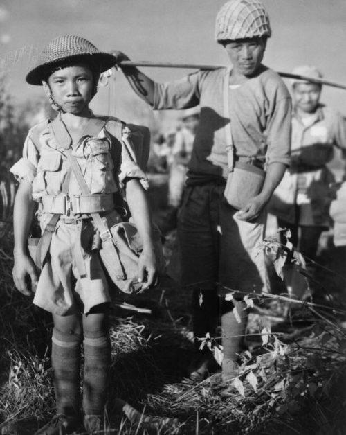 Десятилетний китайский солдат. 1944 г.