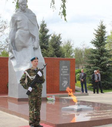 ст-ца. Нехаевская. Памятник советским воинам.