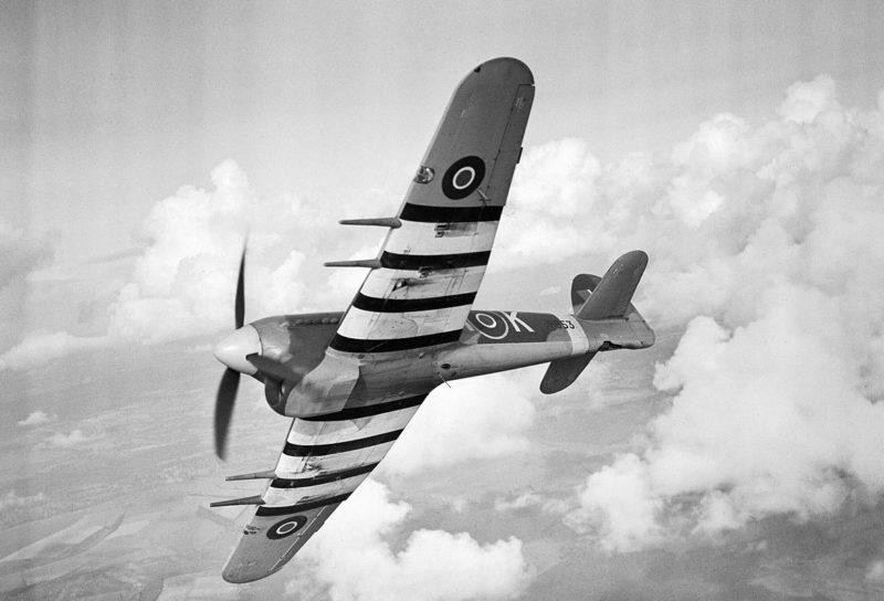 Британский истребитель Hawker Typhoon Mk IB из 486-й эскадрильи RAF. 1940 г