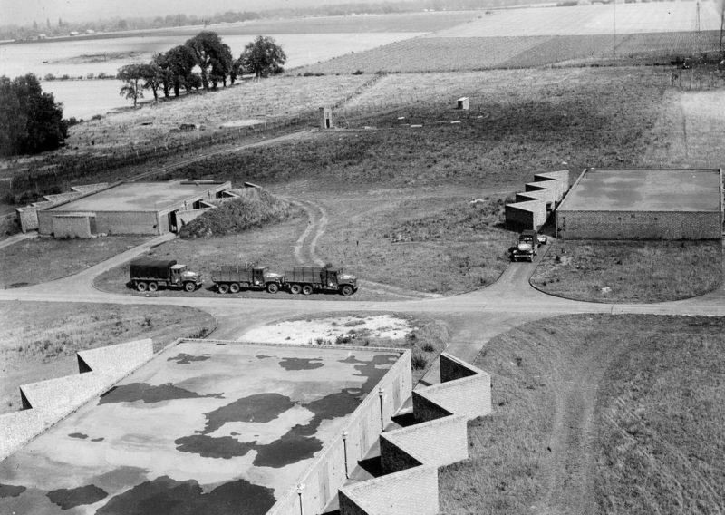 Британская авиабаза в Даксфорде. 1940 г.