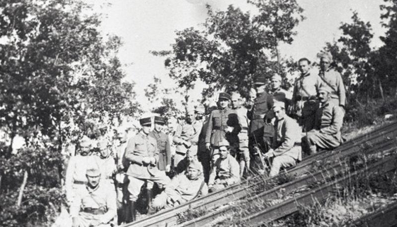 Защитники форта в годы войны.