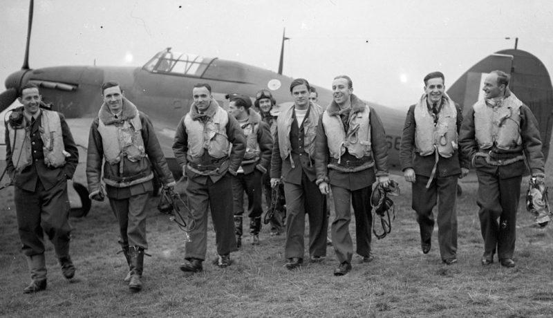 Пилоты 303-й (польской) эскадрильи RAF в битве за Британию. 1940 г.