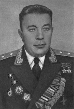 Генерал-лейтенант танковых войск Фомичев. 1958 г.