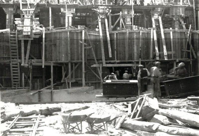 Строительство форта.