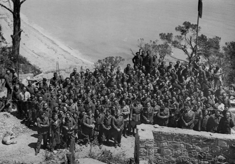 Гарнизон форта перед войной.
