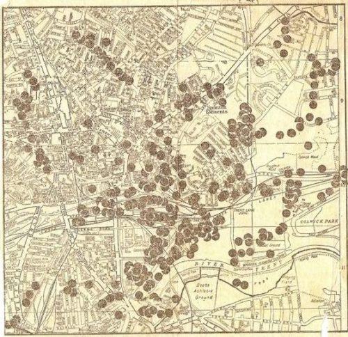 Карта мест падения бомб в Ноттингеме.