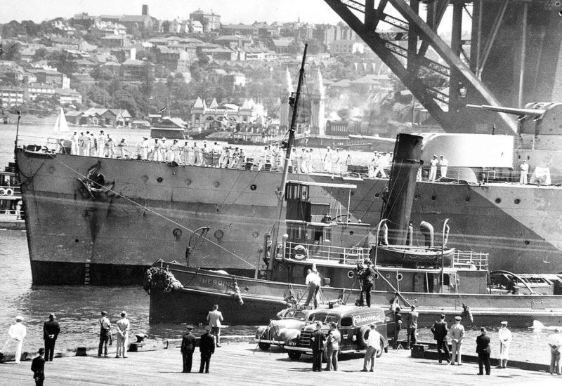 Легкий крейсер «Sydney» в гавани Сиднея. 1940 г.