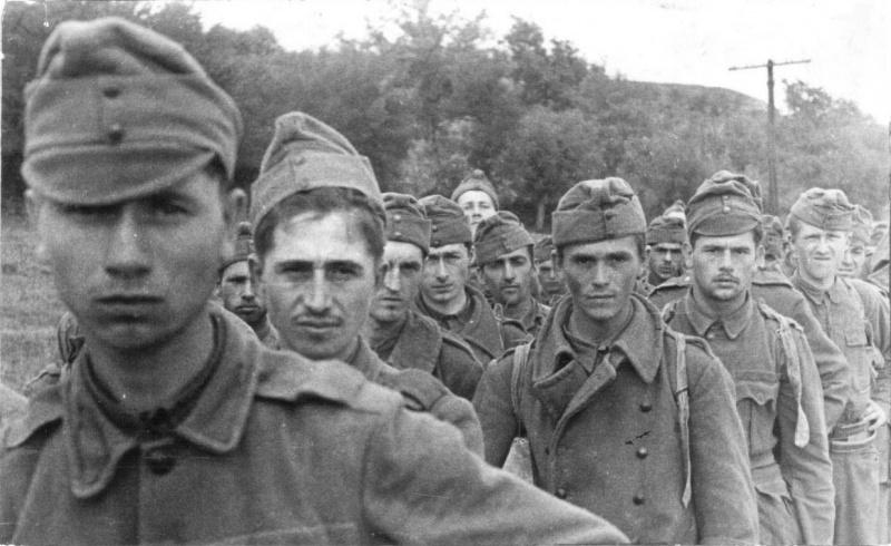 Венгерские военнопленные у Воронежа.