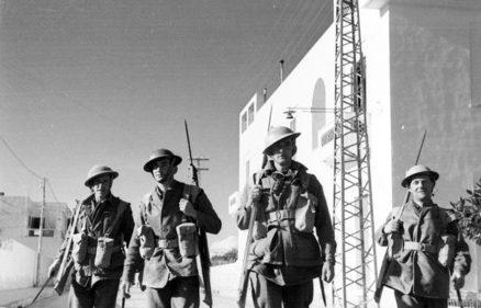Солдаты 19-й бригады в Ливии. Январь 1941 г.