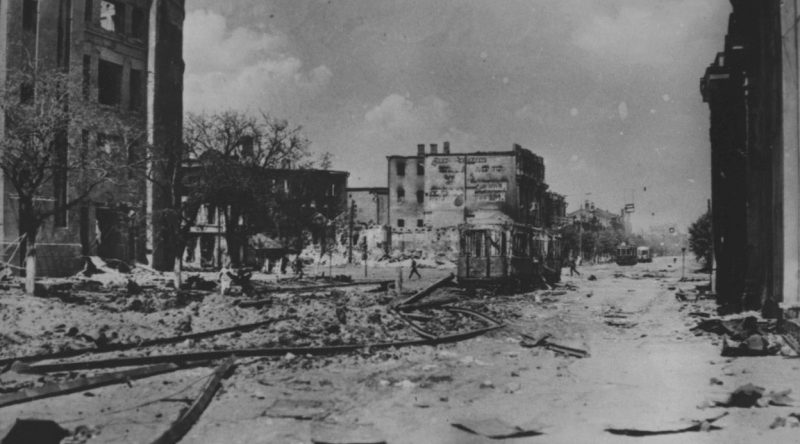 Проспект Революции после захвата города оккупантами. Июль 1942 г.