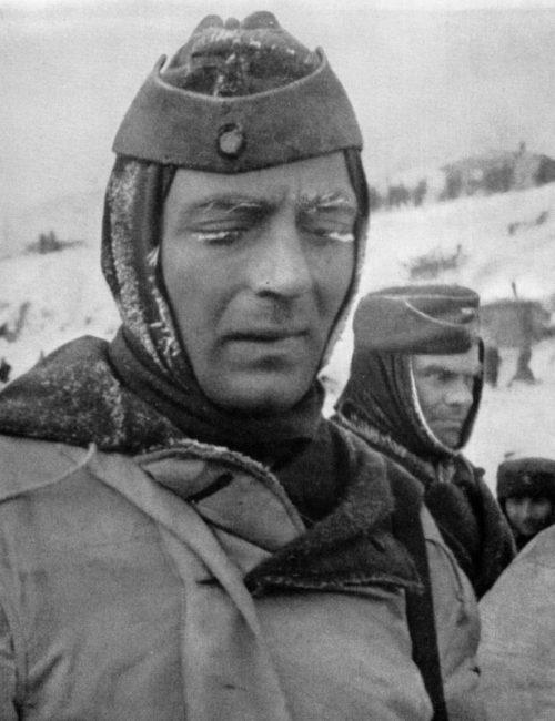 Пленные немецкие офицеры под Сталинградом. 1943 г.