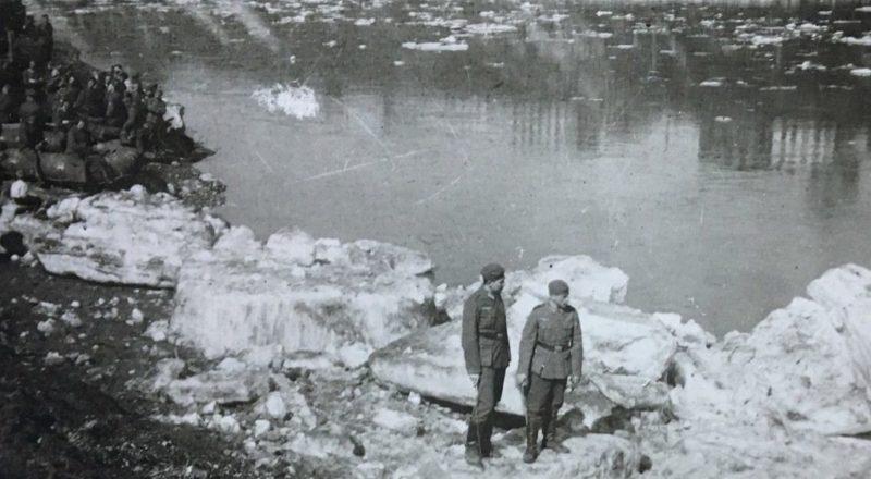 Ледоход на Волге. 1942 г.