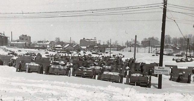 Площадка хранения трофейного оружия. Декабрь 1941 г.