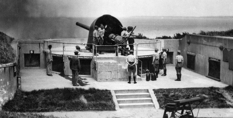 Учебные стрельбы в форте Виктория. Ноябрь 1942 г.