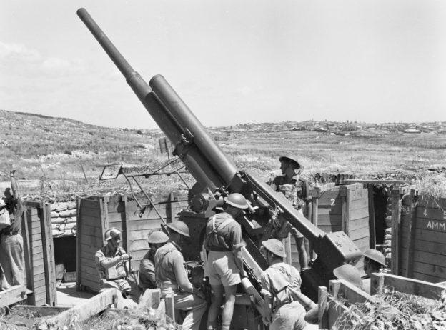 Зенитное орудие крепости Fremantle. 15 ноября 1943 г.