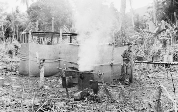 Имитационные кухни для обмана авиации противника на острове Гуденоу в Новой Гвинее. 1943 г.