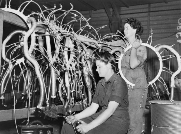 Члены женской вспомогательной авиации (WAAAF). 1944 г.