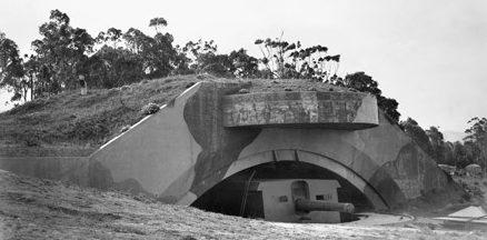 Орудие береговой обороны в Порт-Кембле. 1944 г.