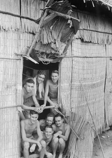 Австралийские военнопленные в поселении Сингапурского пролива, тюрьма Чанги. 19 сентября 1945 г.