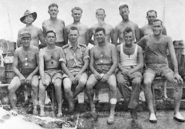 Выжившие австралийские военнопленные из лагеря Саката в Японии. 1 октября 1945 г.