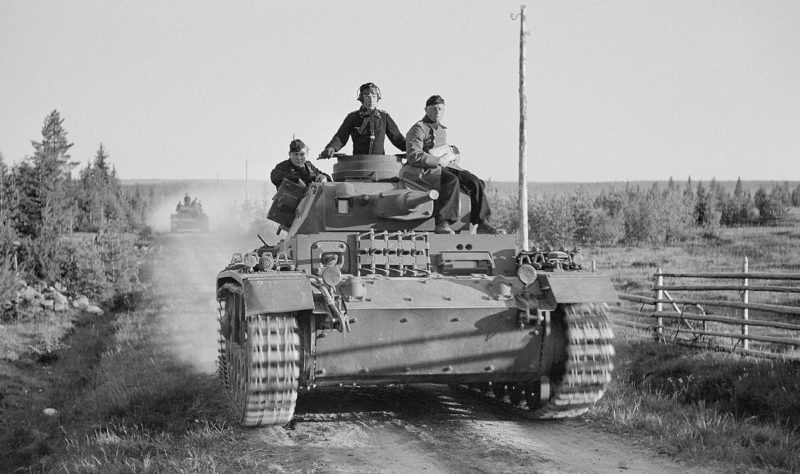 Немецкие танки у Вазонваара.