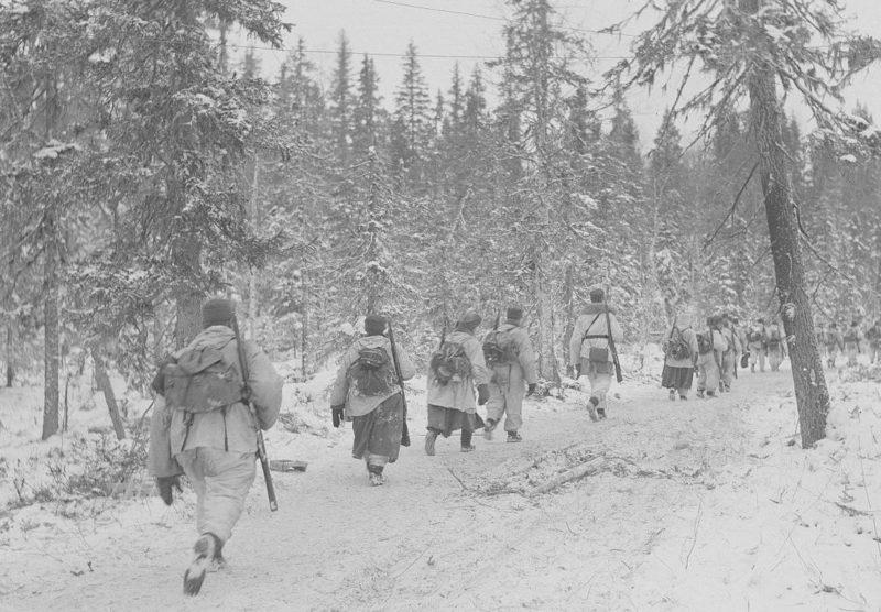 Финские солдаты восточнее Кестенги.