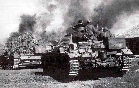 Немецкие танки под Орлом.