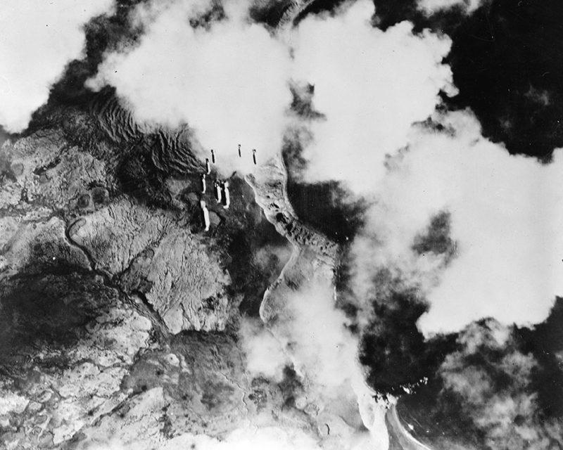 Бомбардировка острова Кыска накануне вторжения.