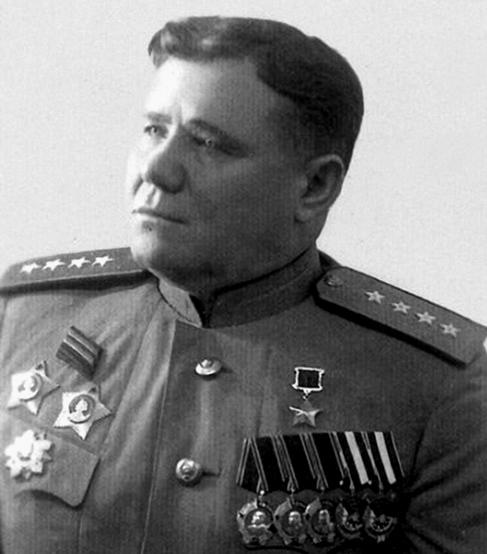 Командующий фронтом генерал армии А. И. Ерёменко.
