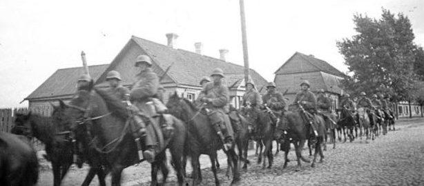 Советские войска входят в Гродно. 22 сентября 1939 г.