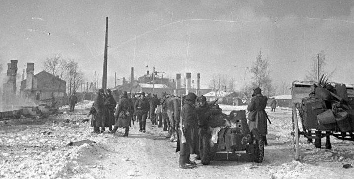 Части Красной Армии вступают в Выборг. Март 1940 г.