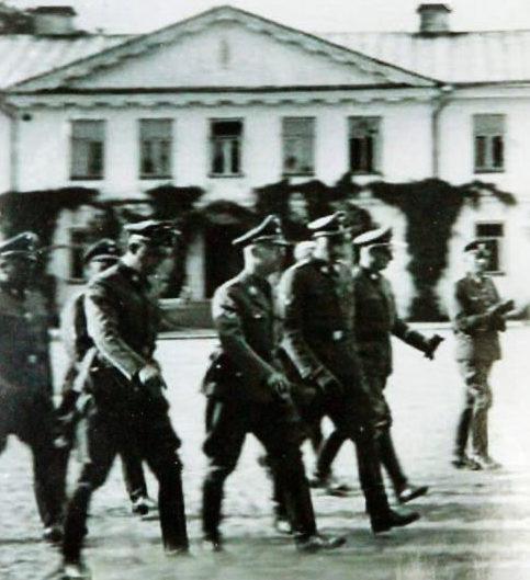 Генрих Гиммлер и Карл Вольф в Гродно. 30 июня 1941 г.