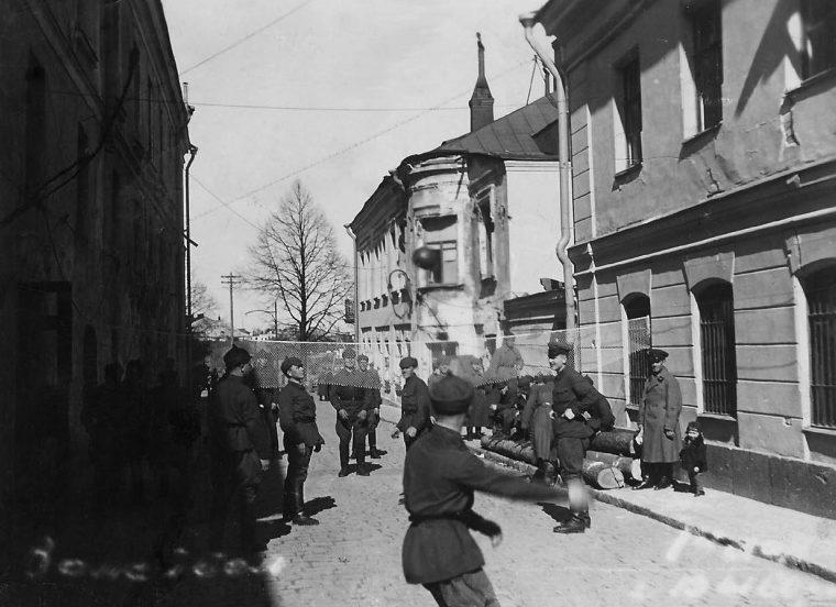 Красноармейцы в Выборге. 1940 г.