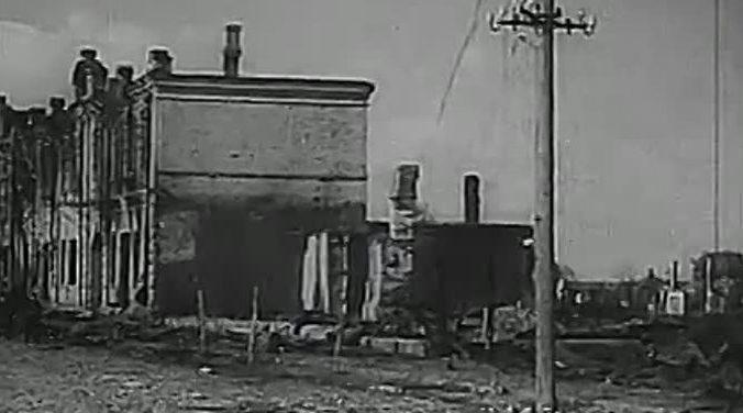 Разрушения в городе. Сентябрь 1941 г.