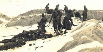 Захоронение трупов из Витебского гетто. 1941 г.