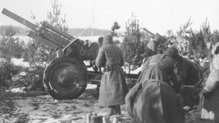 Советская артиллерийская подготовка в районе Калинина. Декабрь 1941 г.