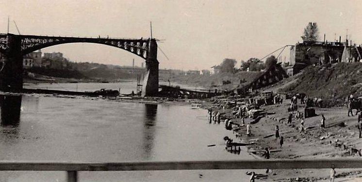 Двина в районе гетто. 1941 г.