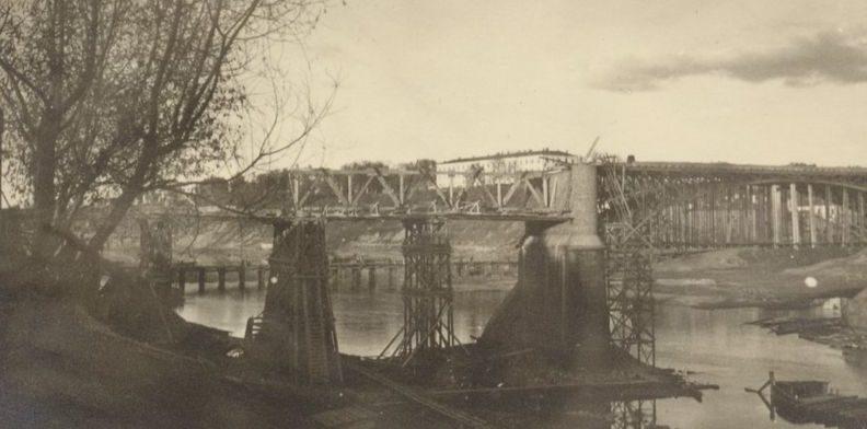Восстановление Двинского моста. 1941 г.