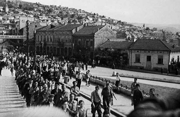 Болгарские партизаны заняли Велико Тырново. 9 сентября 1944 г.