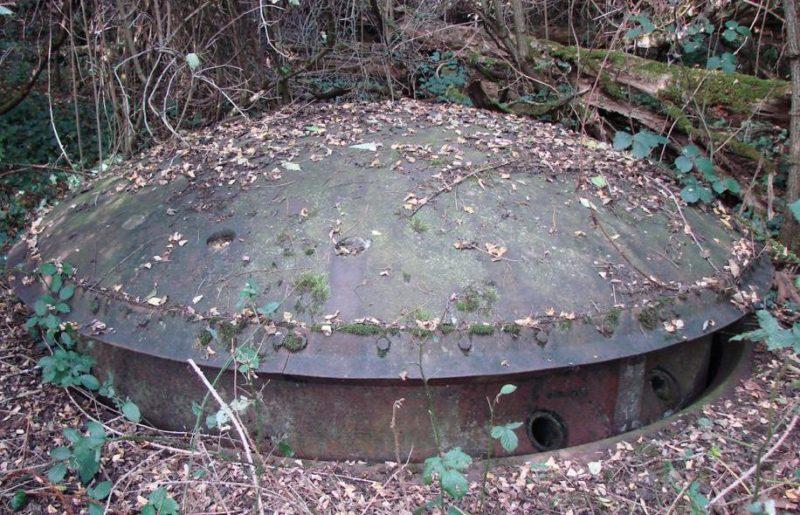 Бронебашня 81-мм минометов блока №1.