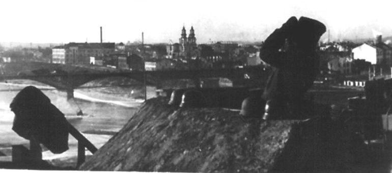 Немецкий наблюдательный пункт противовоздушной обороны на Успенской горке.1942 г.